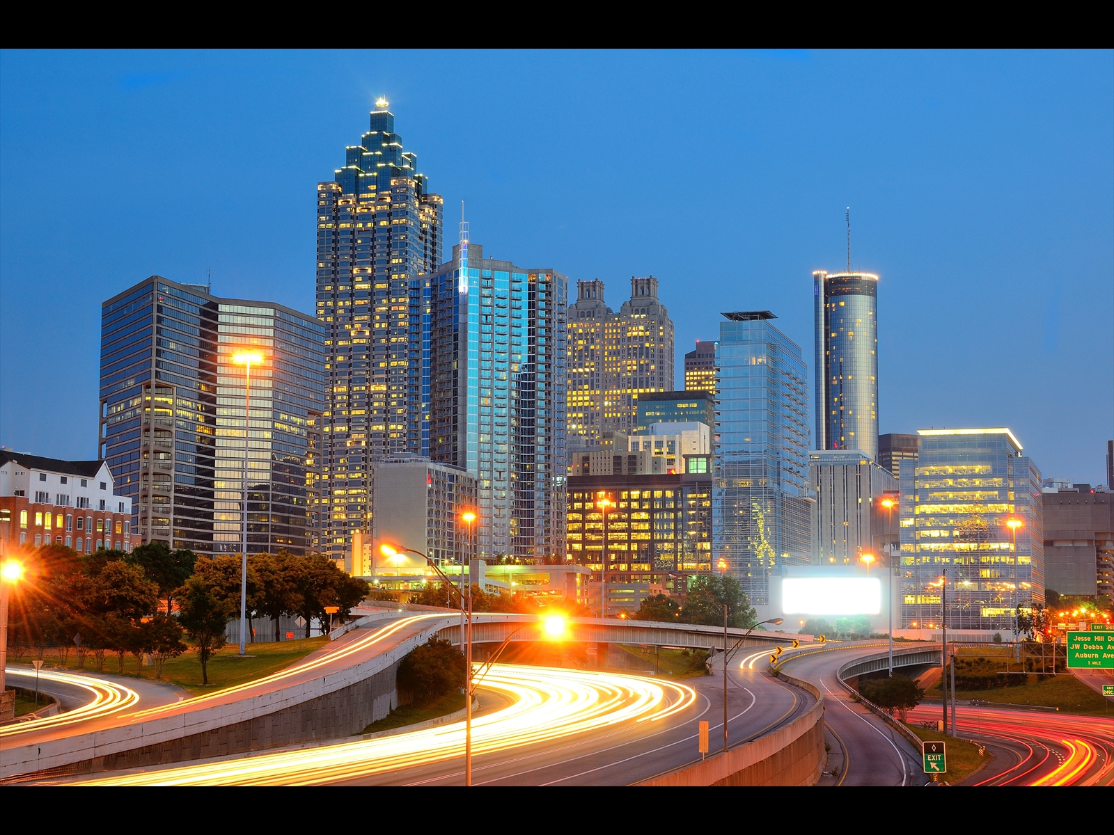 bigstock-Downtown-Atlanta-Georgia-skyl-26677367